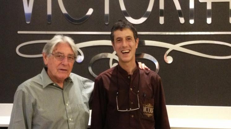 El periodista Alfredo Amestoy estuvo charlando con nosotros en El Victoria