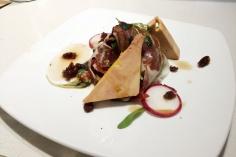 Ensalada de micuit de foie y jamón en Tapas Victoria