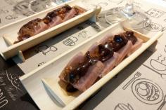 Tataki de atún con balsámico de chocolate